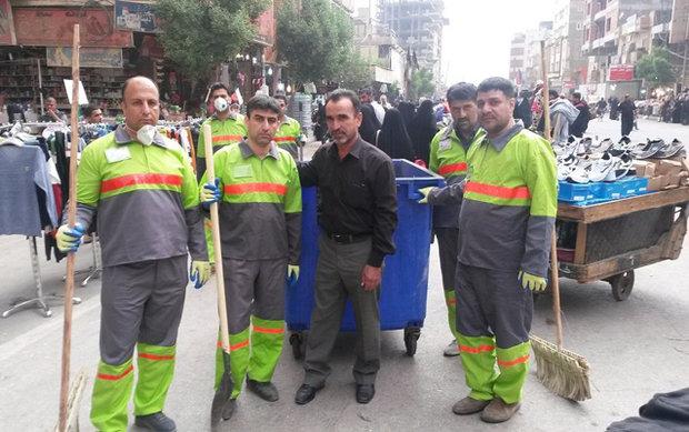 مهندسون ايرانيون يتشرفون في حملات تنظيف شوارع كربلاء