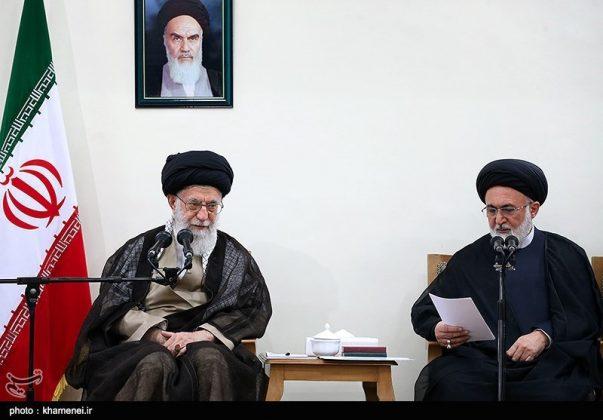 القائد الخامنئي يستقبل مسؤولي الحج في ايران3