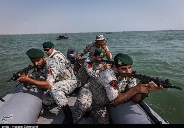 تدريبات مغاوير بحرية الجيش الايراني4