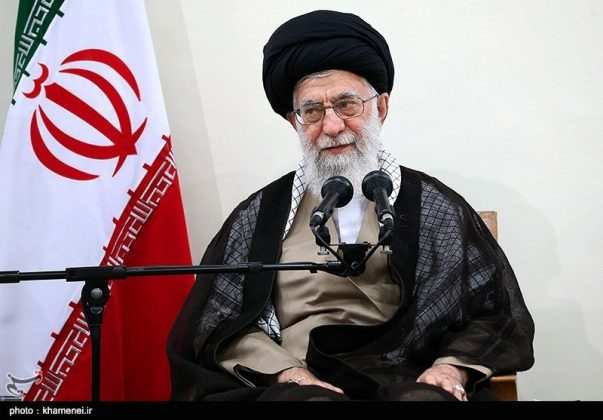 القائد الخامنئي يستقبل مسؤولي الحج في ايران4