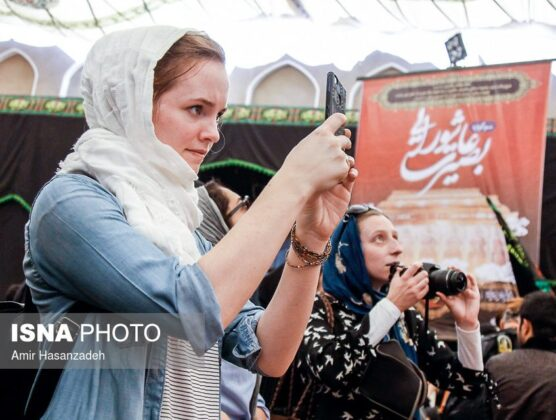 Iran Holds Special Tour of Mourning Ceremonies for Foreigners5