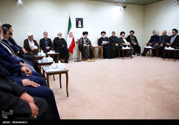 القائد الخامنئي يستقبل مسؤولي الحج في ايران7