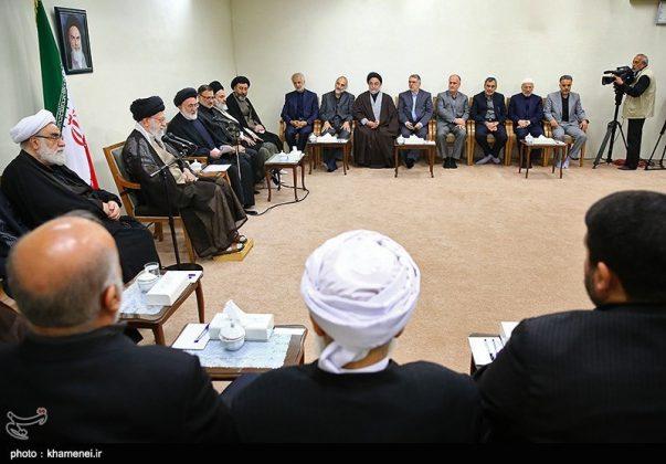 القائد الخامنئي يستقبل مسؤولي الحج في ايران8