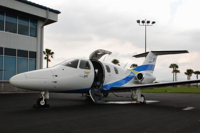 Iran to Launch First Air Taxi Service in Two Months