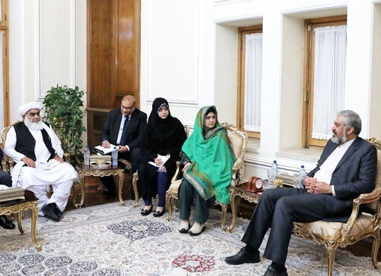 Iran, Pakistan's Balochistan Discuss Expansion of Ties