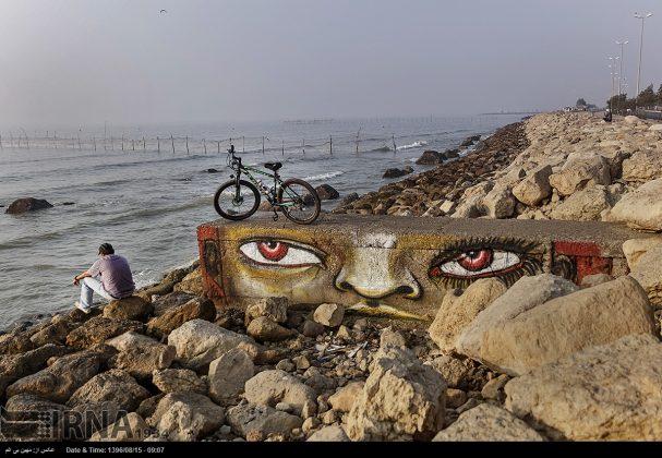 دیوارهای پوشیده از «گرافیتی» بندر عباس0