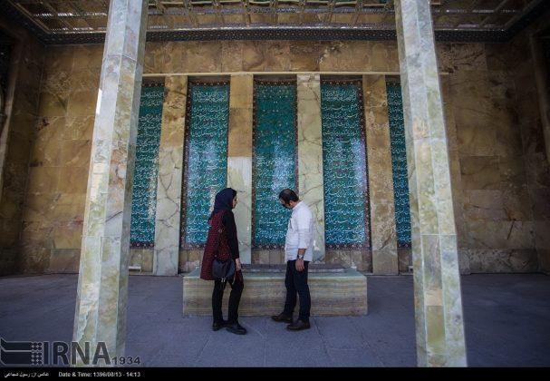 آرامگاه صائب تبریزی در باغ تکیه اصفهان10
