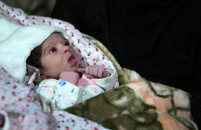 Two Babies Born in Makeshift Hospital amid Iran Earthquake13