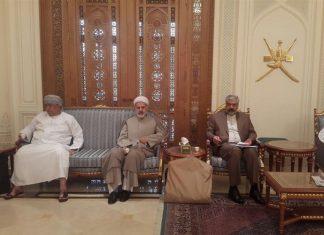 وكيل الخارجية الايرانية يلتقي رئيس البنك المركزي العماني