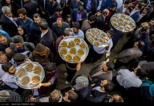 Playing Tanbur; Ancient Ritual in Iranian City of Dalahu14