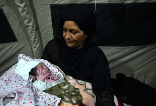 Two Babies Born in Makeshift Hospital amid Iran Earthquake14