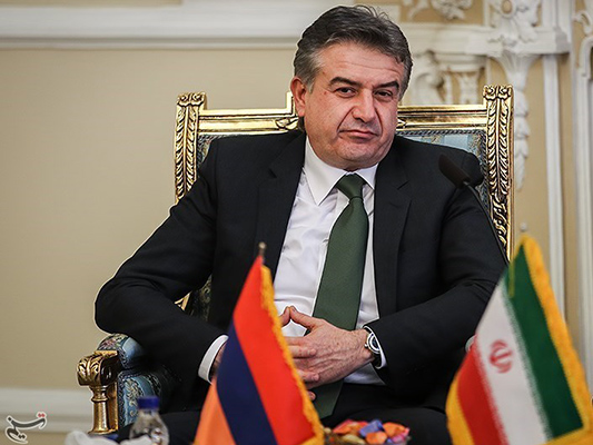 Iranian, Armenian Top Diplomats Discuss Bilateral Ties