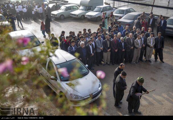 Playing Tanbur; Ancient Ritual in Iranian City of Dalahu3