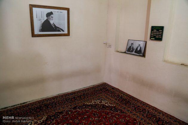 Los peregrinos visitan la casa del imán Jomeini en la Nayaf de Irak4