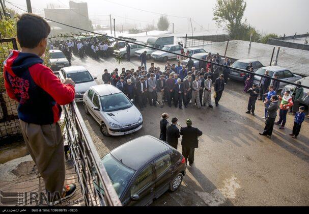 Playing Tanbur; Ancient Ritual in Iranian City of Dalahu4