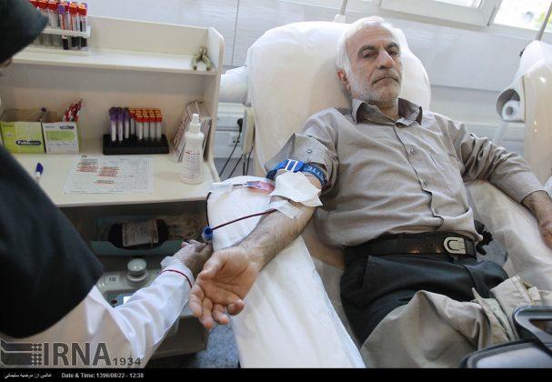 صف مردم تهران برای اهدای خون به زلزلهزدگان5