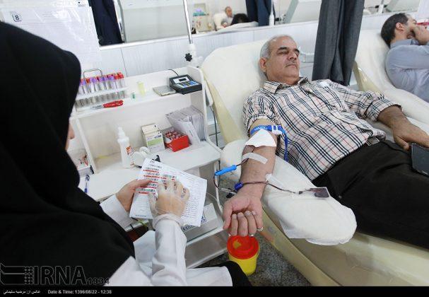 صف مردم تهران برای اهدای خون به زلزلهزدگان9
