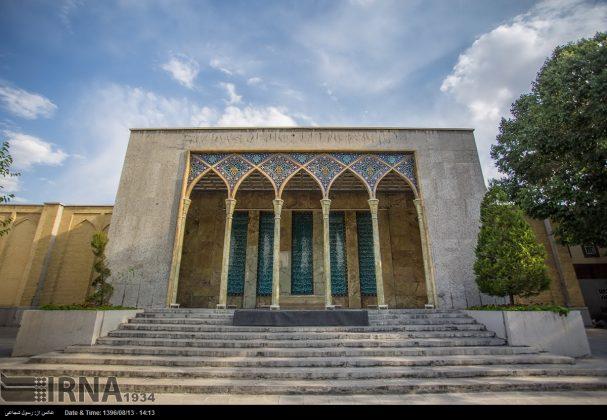 آرامگاه صائب تبریزی در باغ تکیه اصفهان9