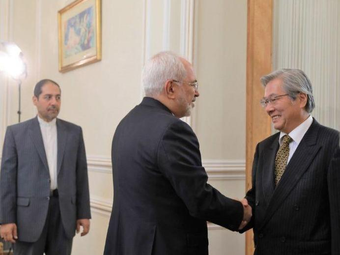 Iran FM, UN Envoy Discuss Afghanistan Security