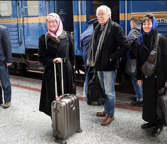 22º tren de lujo en Irán con 78 turistas extranjeros a bordo