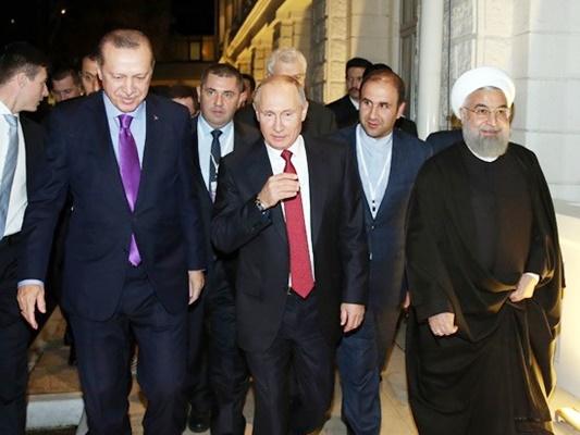 Putin throws Erdogan's chair back during Syria talks