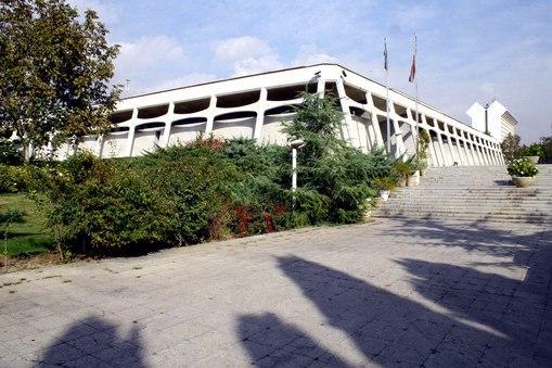 متحف السجاد الايراني يستقبل 10500 سائح