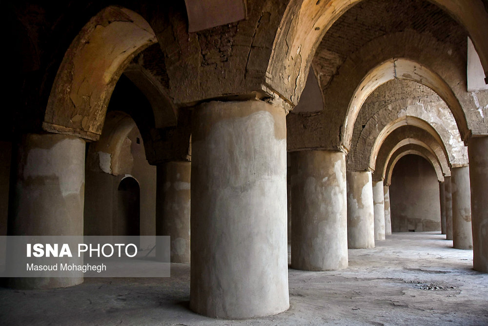 Persian Architecture in Photos: Tarikhaneh Mosque