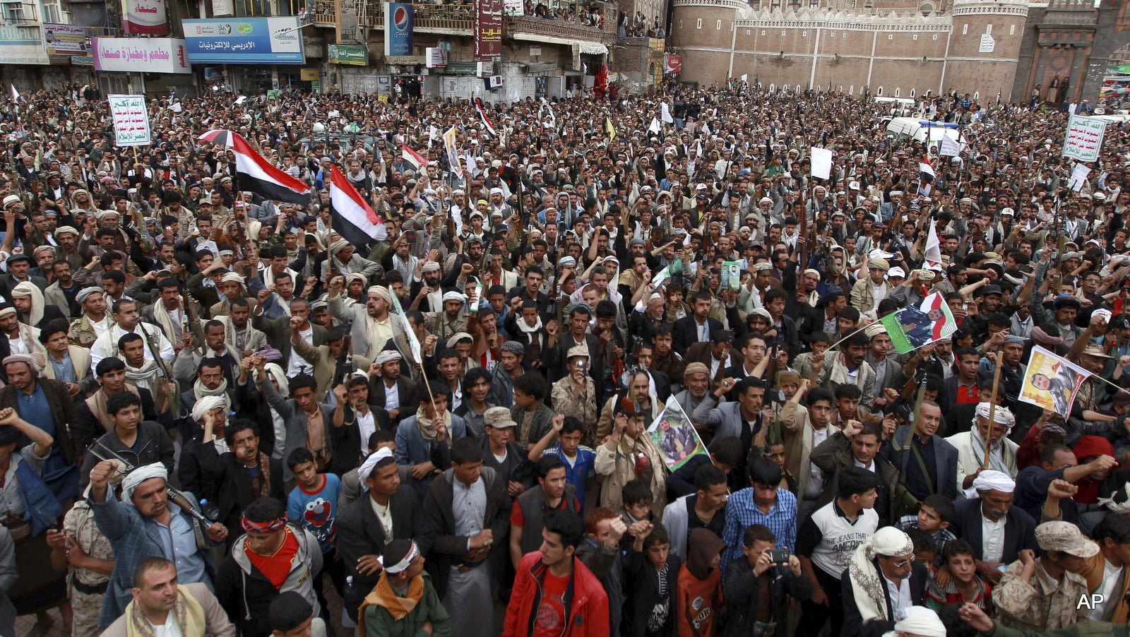 Yemen, UN Chief Seek Peace Talks With Iran-Allied Houthis