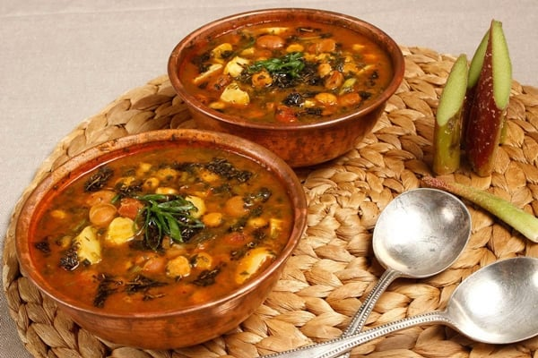 Zanjan Prune Broth: A Traditional Food with Great Taste