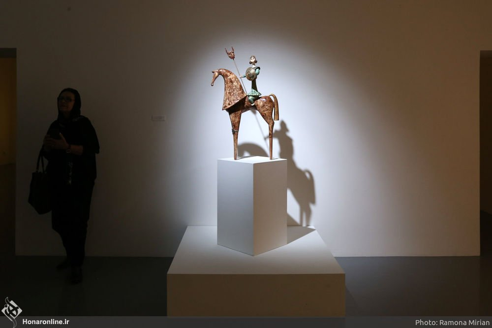 https://ifpnews.com/wp-content/uploads/2018/10/Sculpture-Exhibit-Depicts-Iranian-Women%E2%80%99s-Transition-to-Modernity-1.jpg