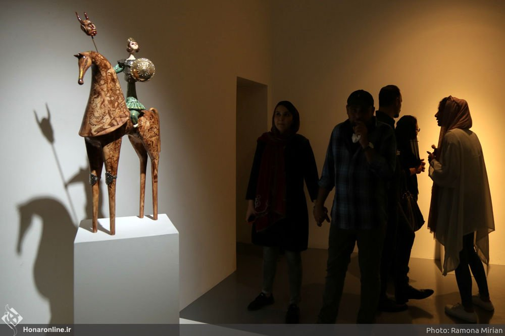 https://ifpnews.com/wp-content/uploads/2018/10/Sculpture-Exhibit-Depicts-Iranian-Women%E2%80%99s-Transition-to-Modernity-11.jpg
