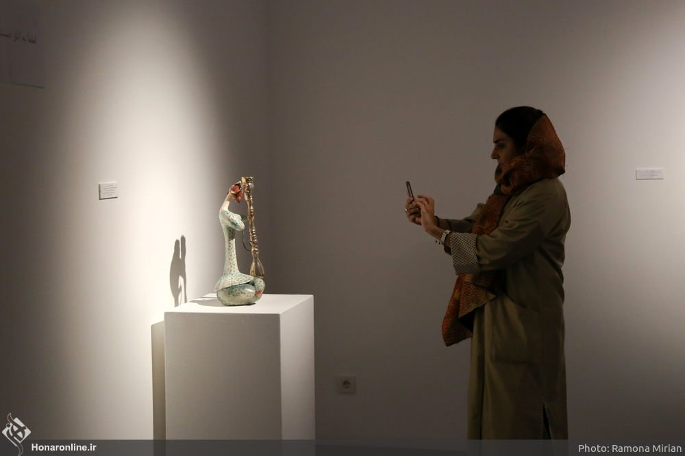 https://ifpnews.com/wp-content/uploads/2018/10/Sculpture-Exhibit-Depicts-Iranian-Women%E2%80%99s-Transition-to-Modernity-16.jpg