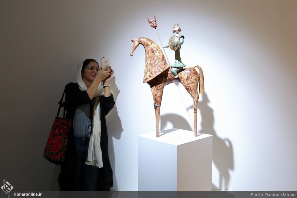 https://ifpnews.com/wp-content/uploads/2018/10/Sculpture-Exhibit-Depicts-Iranian-Women%E2%80%99s-Transition-to-Modernity-17.jpg
