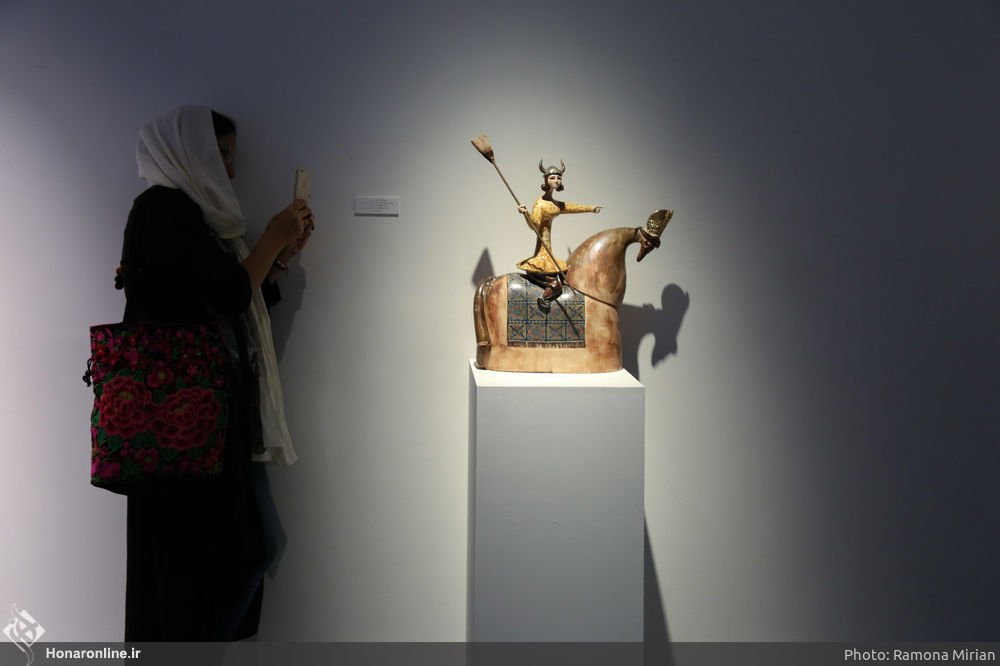 https://ifpnews.com/wp-content/uploads/2018/10/Sculpture-Exhibit-Depicts-Iranian-Women%E2%80%99s-Transition-to-Modernity-22.jpg