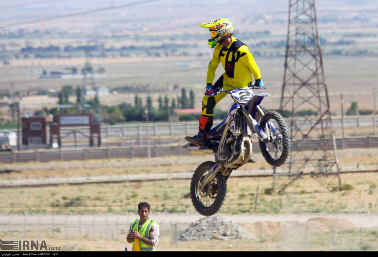 https://ifpnews.com/wp-content/uploads/2018/10/motor-cross-arak-17.jpg