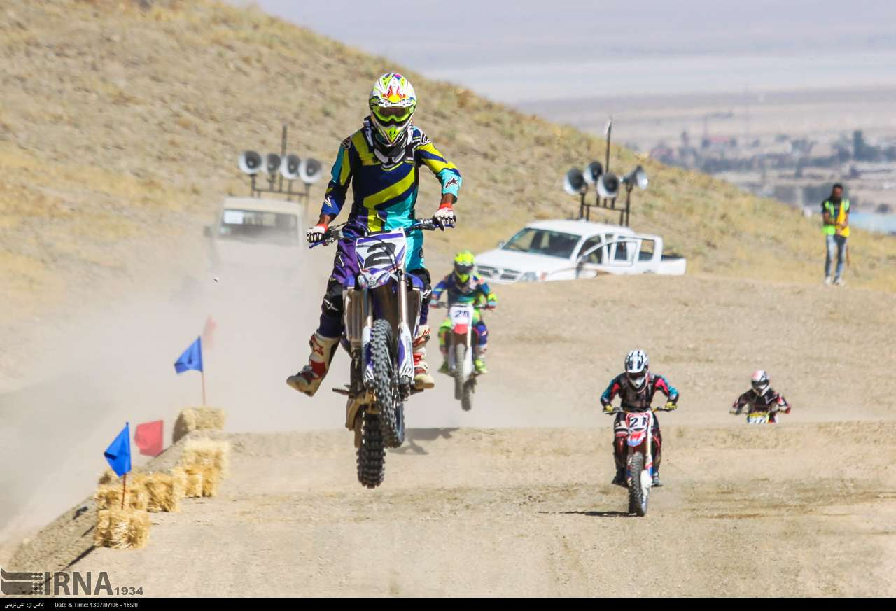 https://ifpnews.com/wp-content/uploads/2018/10/motor-cross-arak-20.jpg