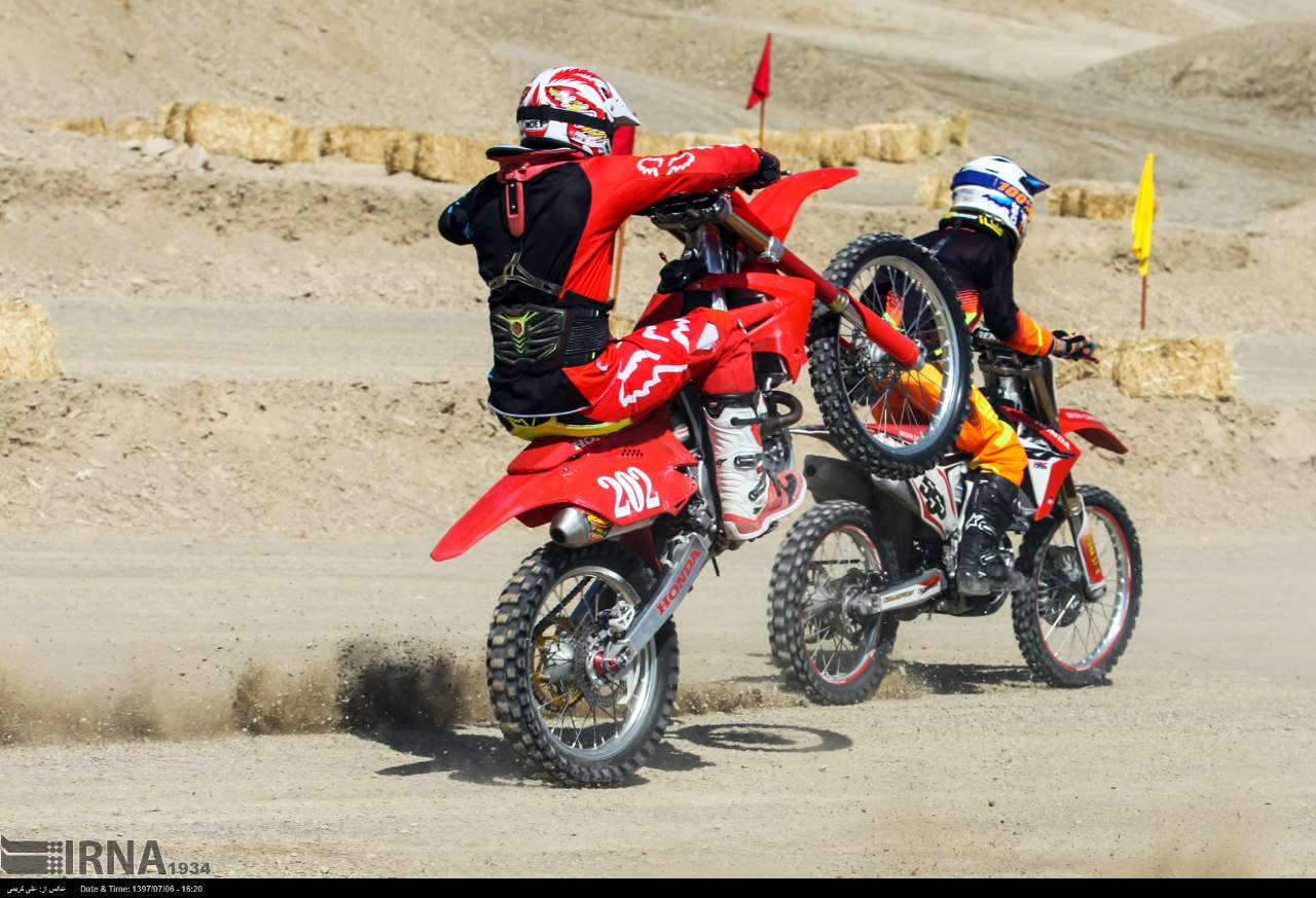 https://ifpnews.com/wp-content/uploads/2018/10/motor-cross-arak-5.jpg