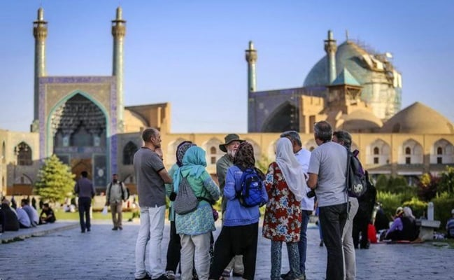 Over 1m Azeri Tourists Visited Iran in Past 9 Months