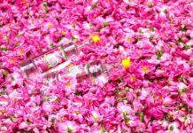 Rosewater Has Unbelievable Healing Properties for Eyes