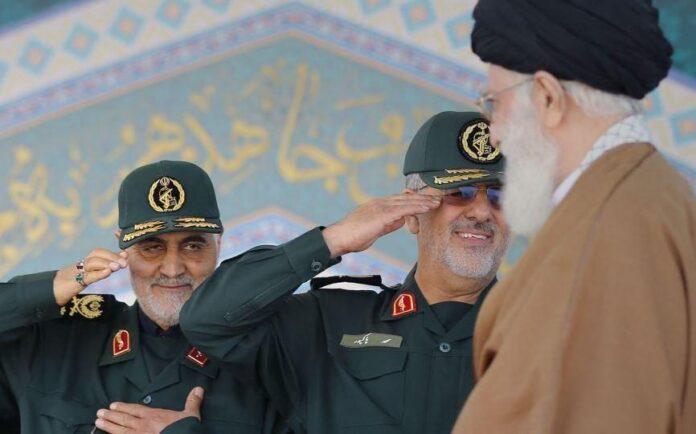 Gen. Soleimani Receives Iran's Highest Military Order 'Zulfaqar'