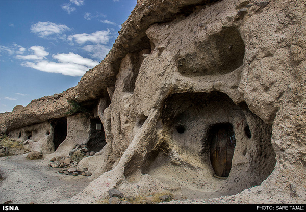 Rocky houses in south-eastern Iran