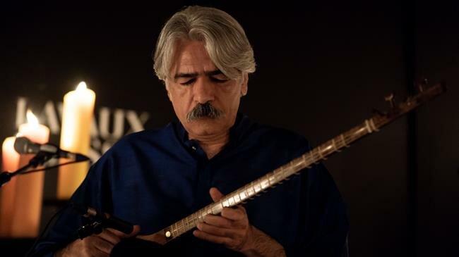 Iranian Maestro Kalhor Wins Prestigous Music Award