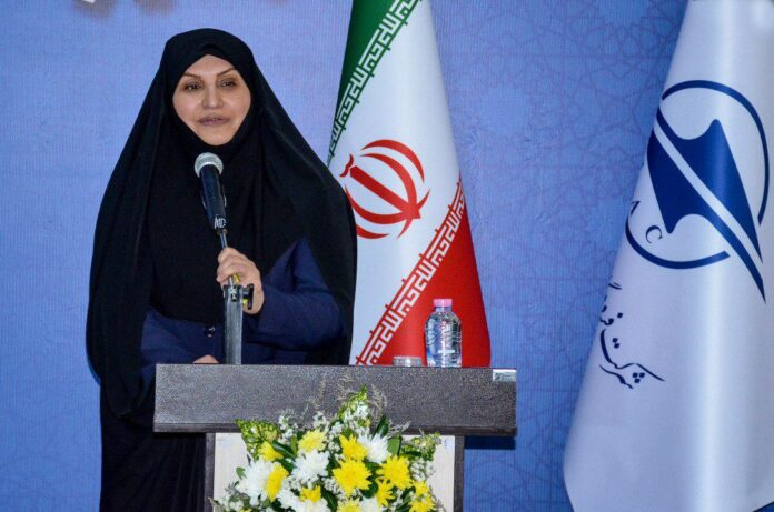 Iran's First Woman Airport Manager Talks of Her Job's Ups & Downs (3)