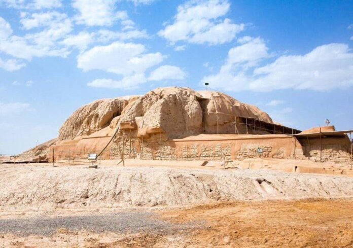 Louvre Museum Hosts Seminar on Iran's Ancient Sialk Hills