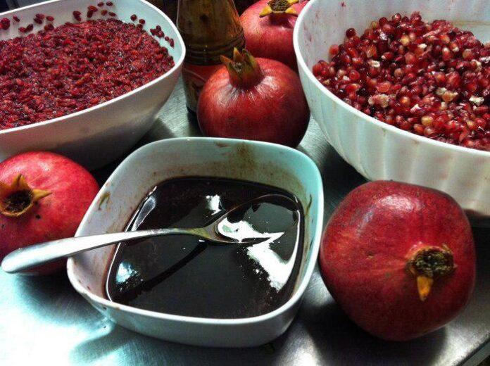 Pomegranate Paste; A Delicious Autumn Flavour (2)
