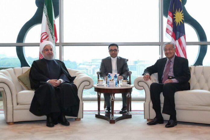 Iran President, Malaysian PM Meet in Kuala Lumpur