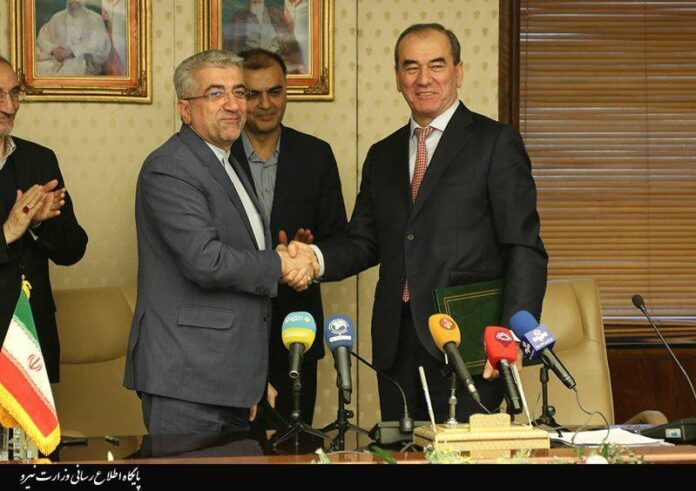 Iran, Tajikistan Agree to Boost Mutual Cooperation
