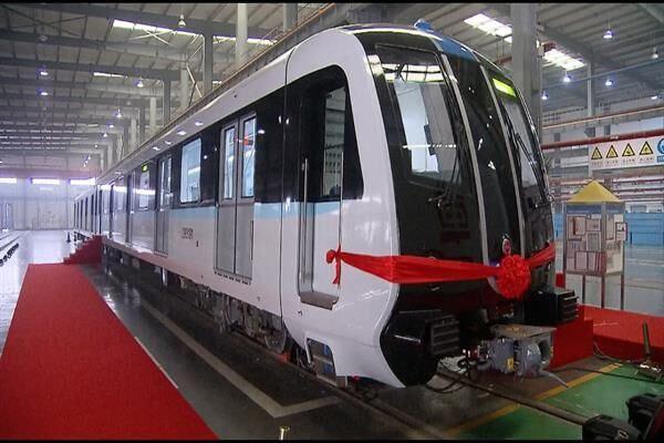 Iranian Experts Build Homegrown Subway Propulsion System