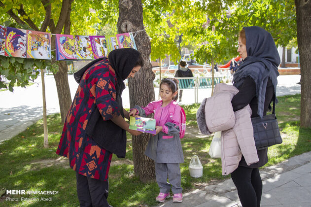 Iranian Girl Converts Minibus into Lovely Mobile Bookstore
