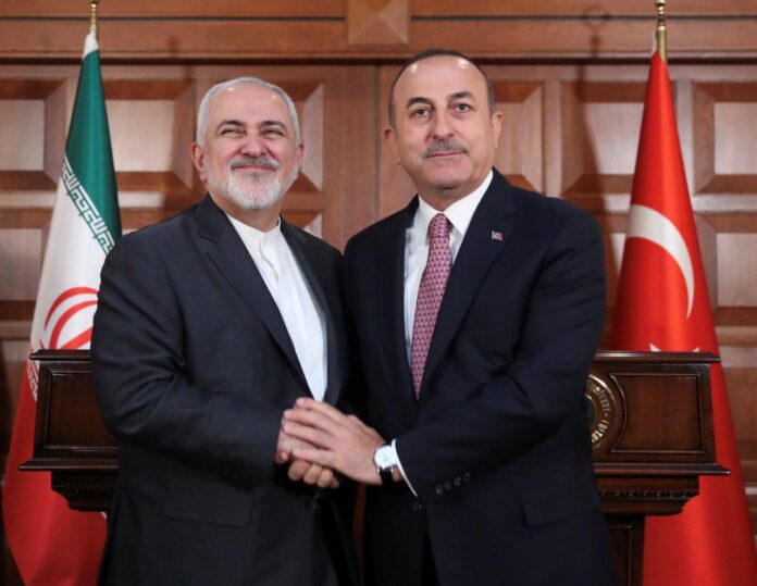 Iranian, Turkish FMs Discuss Regional Issues in Istanbul (1)
